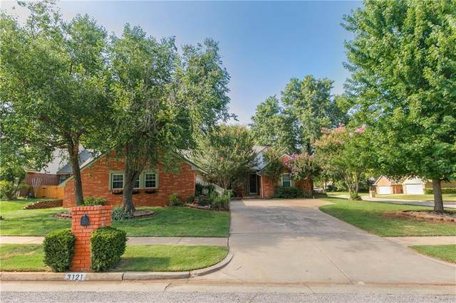 3121 Eagle Crest Road, Edmond, OK 73013 (MLS #917930) :: Homestead & Co