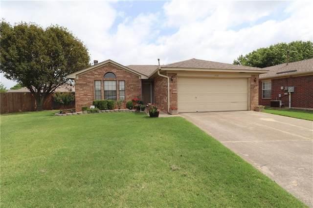 1413 Buena Vista Circle, Norman, OK 73071 (MLS #918290) :: Keri Gray Homes