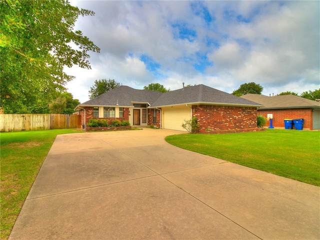 14820 Northwood Circle, Choctaw, OK 73020 (MLS #918387) :: Homestead & Co
