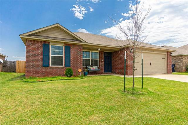 9632 Silas Drive, Moore, OK 73160 (MLS #918466) :: Homestead & Co