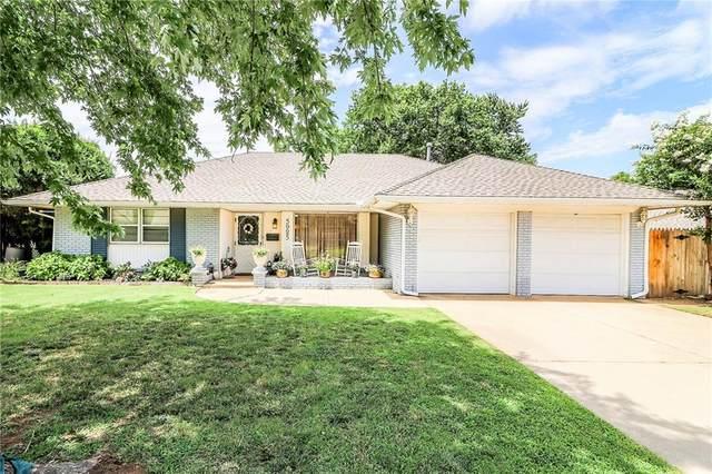 5925 Harvard Drive, Oklahoma City, OK 73122 (MLS #918482) :: Keri Gray Homes