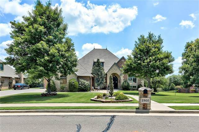 2900 Balmoral Drive, Edmond, OK 73034 (MLS #918502) :: Homestead & Co