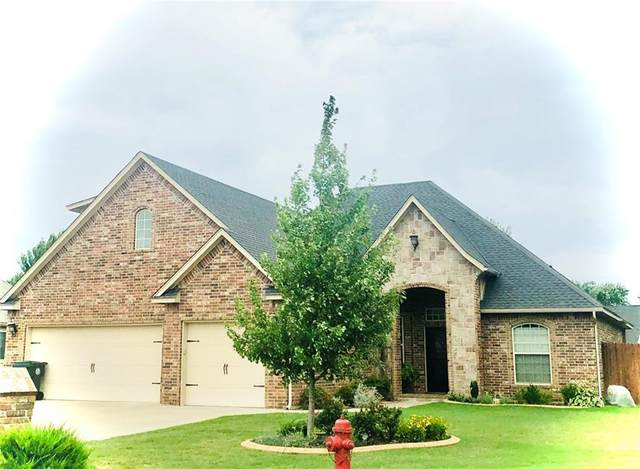 1205 Riverwind, Midwest City, OK 73130 (MLS #918560) :: Homestead & Co