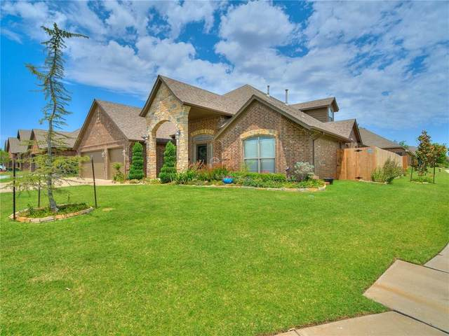 8801 NW 110th Street, Oklahoma City, OK 73162 (MLS #918763) :: Homestead & Co