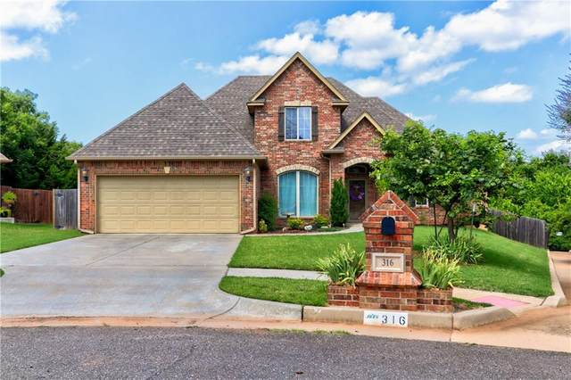 316 Evie Place, Moore, OK 73160 (MLS #918766) :: Homestead & Co