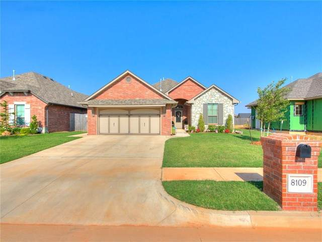 8109 Lillas Way, Yukon, OK 73099 (MLS #918842) :: Homestead & Co