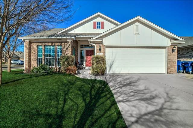 18501 Agua Drive, Edmond, OK 73012 (MLS #918852) :: Homestead & Co