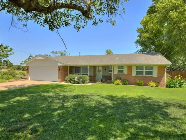 1901 E Lawter Road, Weatherford, OK 73096 (MLS #918865) :: Homestead & Co