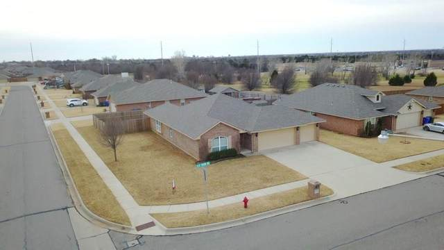 1316 Elk Horn Road, Norman, OK 73071 (MLS #918940) :: Erhardt Group at Keller Williams Mulinix OKC