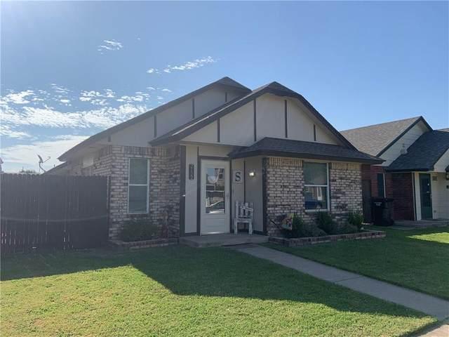 2122 S Robinson Avenue, Moore, OK 73170 (MLS #918943) :: Keri Gray Homes