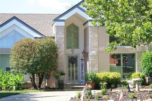 3233 Bismarc Lane, Norman, OK 73072 (MLS #919038) :: Erhardt Group at Keller Williams Mulinix OKC