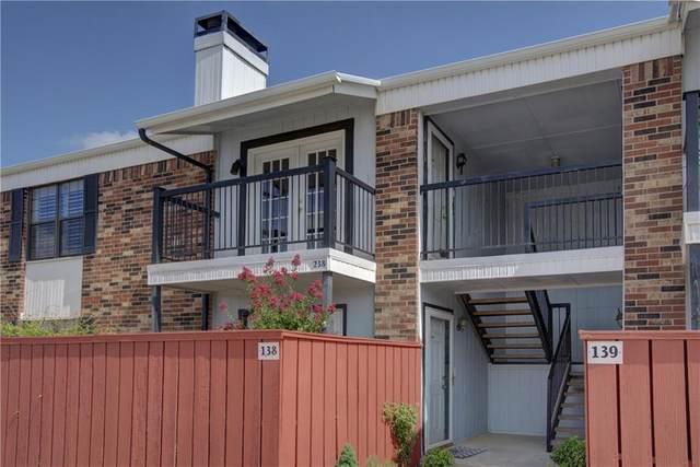 3003 River Oaks Drive #238, Norman, OK 73072 (MLS #919079) :: Erhardt Group at Keller Williams Mulinix OKC