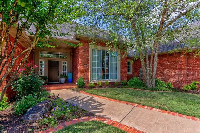 405 Carmel Valley Way, Edmond, OK 73025 (MLS #919087) :: Homestead & Co