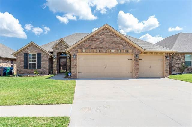 10916 SW 30th Terrace, Yukon, OK 73099 (MLS #919094) :: Erhardt Group at Keller Williams Mulinix OKC