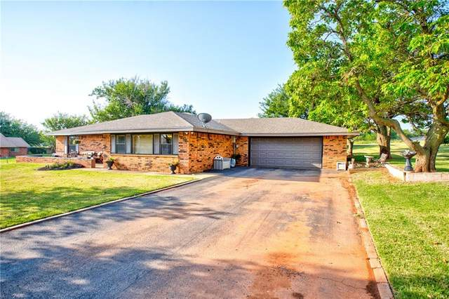 3512 W 7th Street, Elk City, OK 73644 (MLS #919131) :: ClearPoint Realty