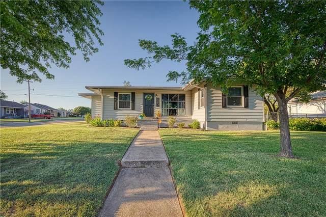 128 W Currell Lane, Elk City, OK 73644 (MLS #919578) :: Homestead & Co