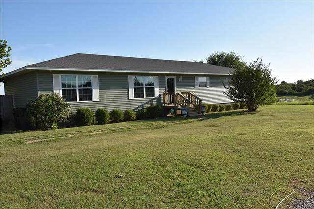 11734 170th Street, Lindsay, OK 73052 (MLS #919676) :: Homestead & Co