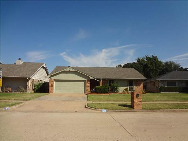 1313 NW 6th Place, Moore, OK 73170 (MLS #919852) :: Homestead & Co