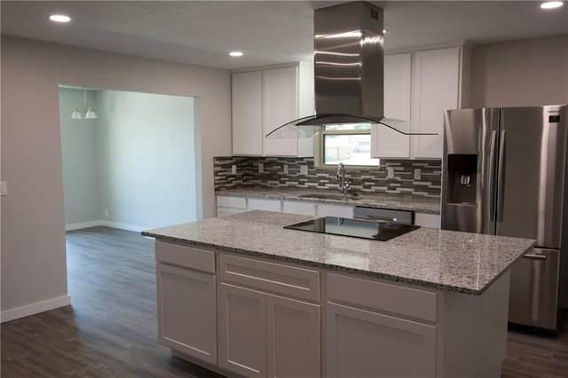 1201 N Kansas Street, Weatherford, OK 73096 (MLS #920320) :: Homestead & Co