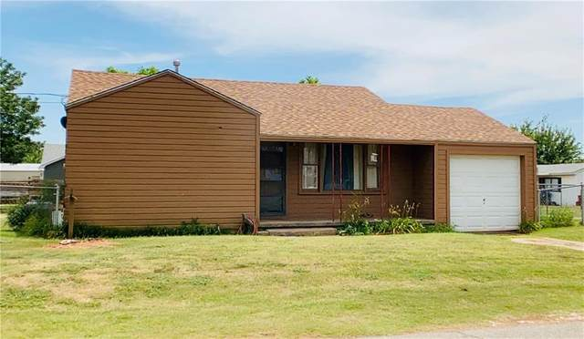 604 E 1st Corner, Elk City, OK 73644 (MLS #920393) :: ClearPoint Realty