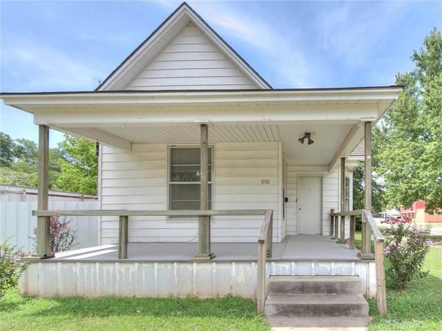 727 W Minnesota Street, Chickasha, OK 73018 (MLS #920576) :: Homestead & Co