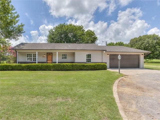 1818 N Bryan Avenue, Shawnee, OK 74804 (MLS #921117) :: Homestead & Co
