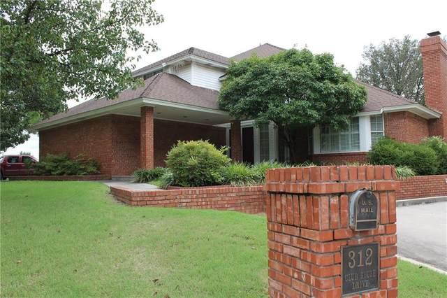312 Club House Drive, Shawnee, OK 74801 (MLS #921496) :: Homestead & Co