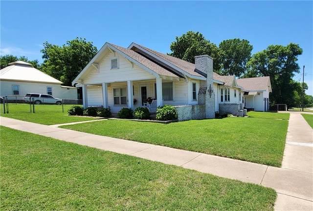 203 S Birch Street, Luther, OK 73054 (MLS #921613) :: Homestead & Co