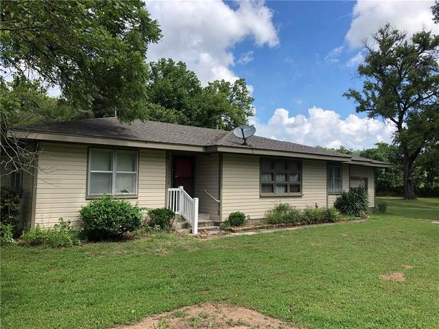 2103 Highway 75 Highway, Wetumka, OK 74883 (MLS #921861) :: Homestead & Co