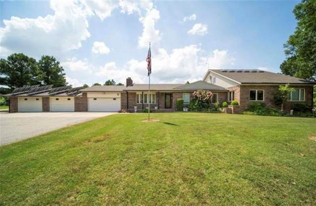 2600 Oakwood Drive, Pryor, OK 74361 (MLS #922383) :: The UB Home Team at Whittington Realty