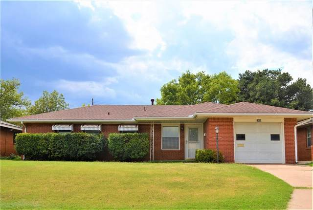 1408 N Market Street, Cordell, OK 73632 (MLS #922596) :: Homestead & Co