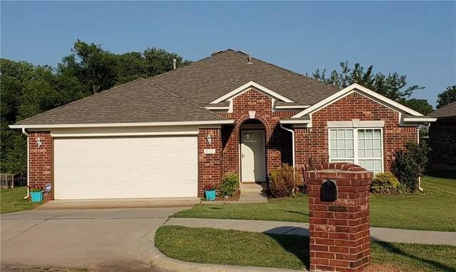 537 Bethany Oaks Drive, Norman, OK 73071 (MLS #922731) :: Homestead & Co