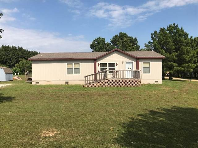 102 Kingfisher Lane, Shawnee, OK 74804 (MLS #922914) :: Homestead & Co