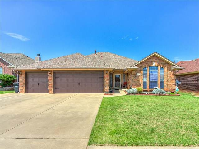 729 NE 20th Street, Moore, OK 73160 (MLS #922947) :: Your H.O.M.E. Team