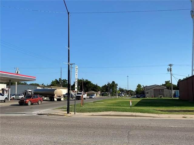 402 W Main Street, Tuttle, OK 73089 (MLS #923001) :: Maven Real Estate