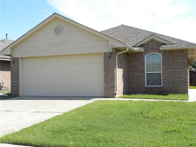 911 Beaumont Squares, Norman, OK 73071 (MLS #923132) :: Homestead & Co