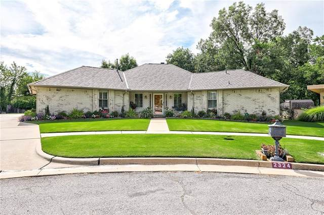2324 SW 122nd Place, Oklahoma City, OK 73170 (MLS #923350) :: Homestead & Co