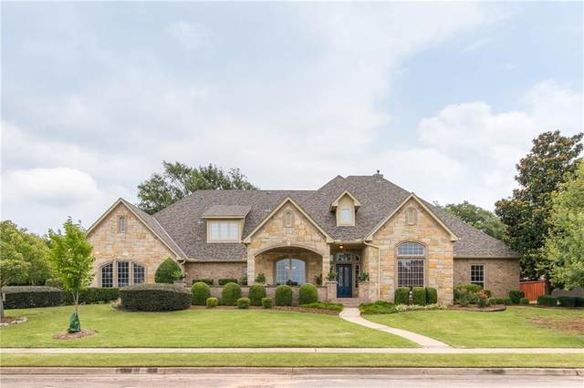 1204 Clear Creek Circle, Edmond, OK 73034 (MLS #923358) :: Homestead & Co
