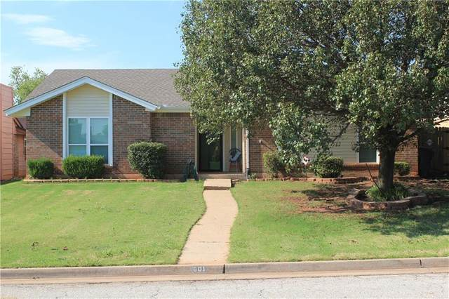 601 NW 140th Street, Edmond, OK 73013 (MLS #923508) :: Erhardt Group at Keller Williams Mulinix OKC