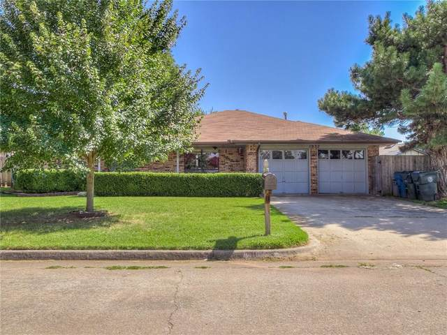 1032 Hawthorne Drive, Midwest City, OK 73110 (MLS #923544) :: Homestead & Co