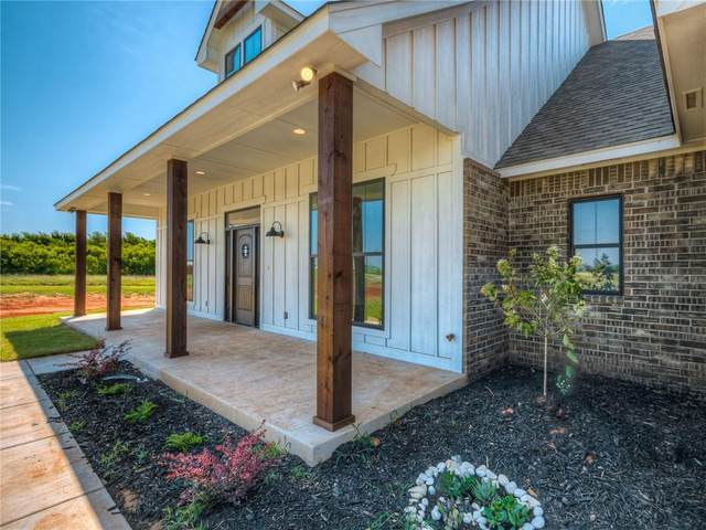 1067 Rheagen Kay Avenue, Tuttle, OK 73089 (MLS #923585) :: Homestead & Co