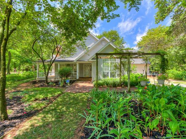 511 Woodland Drive, Midwest City, OK 73130 (MLS #923673) :: Homestead & Co