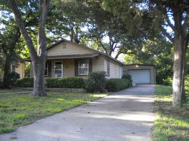 319 E 7th Street, Wewoka, OK 74884 (MLS #923736) :: Homestead & Co