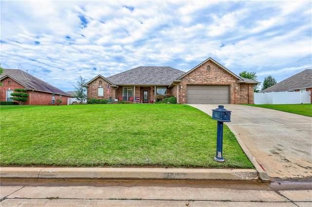 1712 Pecan Crossing Drive, Shawnee, OK 74804 (MLS #923840) :: Homestead & Co
