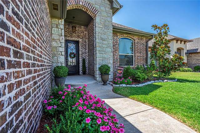 1812 NE 26th Street, Moore, OK 73160 (MLS #924005) :: Your H.O.M.E. Team