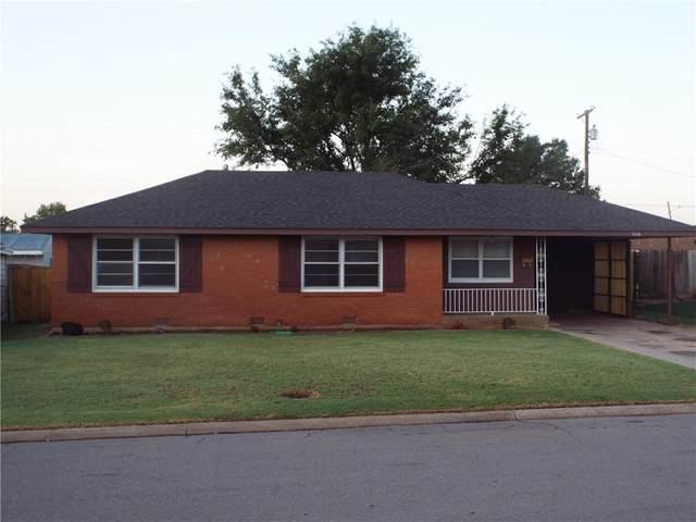 1116 Blackstone Avenue, Clinton, OK 73601 (MLS #924593) :: Erhardt Group at Keller Williams Mulinix OKC