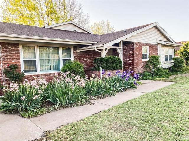 1206 N Randall Avenue, Elk City, OK 73644 (MLS #924738) :: The UB Home Team at Whittington Realty