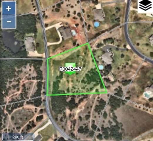 2101 Quail Creek Drive, Norman, OK 73026 (MLS #924933) :: Homestead & Co
