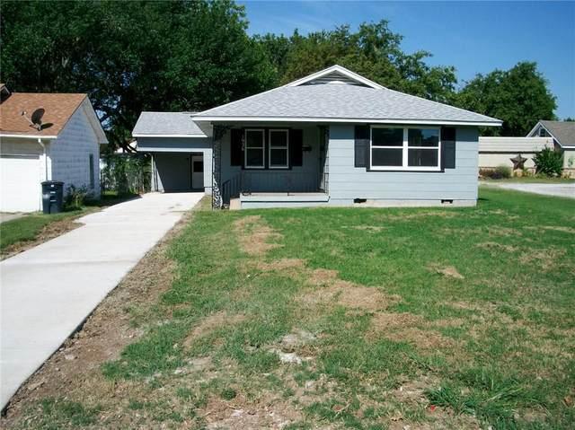 1936 N Bell Avenue, Shawnee, OK 74804 (MLS #925031) :: Keri Gray Homes