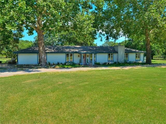 4420 S Coltrane Road, Edmond, OK 73013 (MLS #925076) :: Homestead & Co